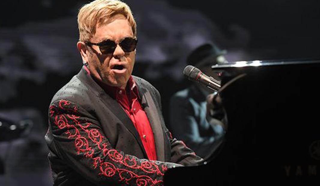 Elton Johns konserter som var planerade till den 1 och 2 oktober 2021 på Tele2 Arena har flyttats fram till den 7 och 8 juli 2023.